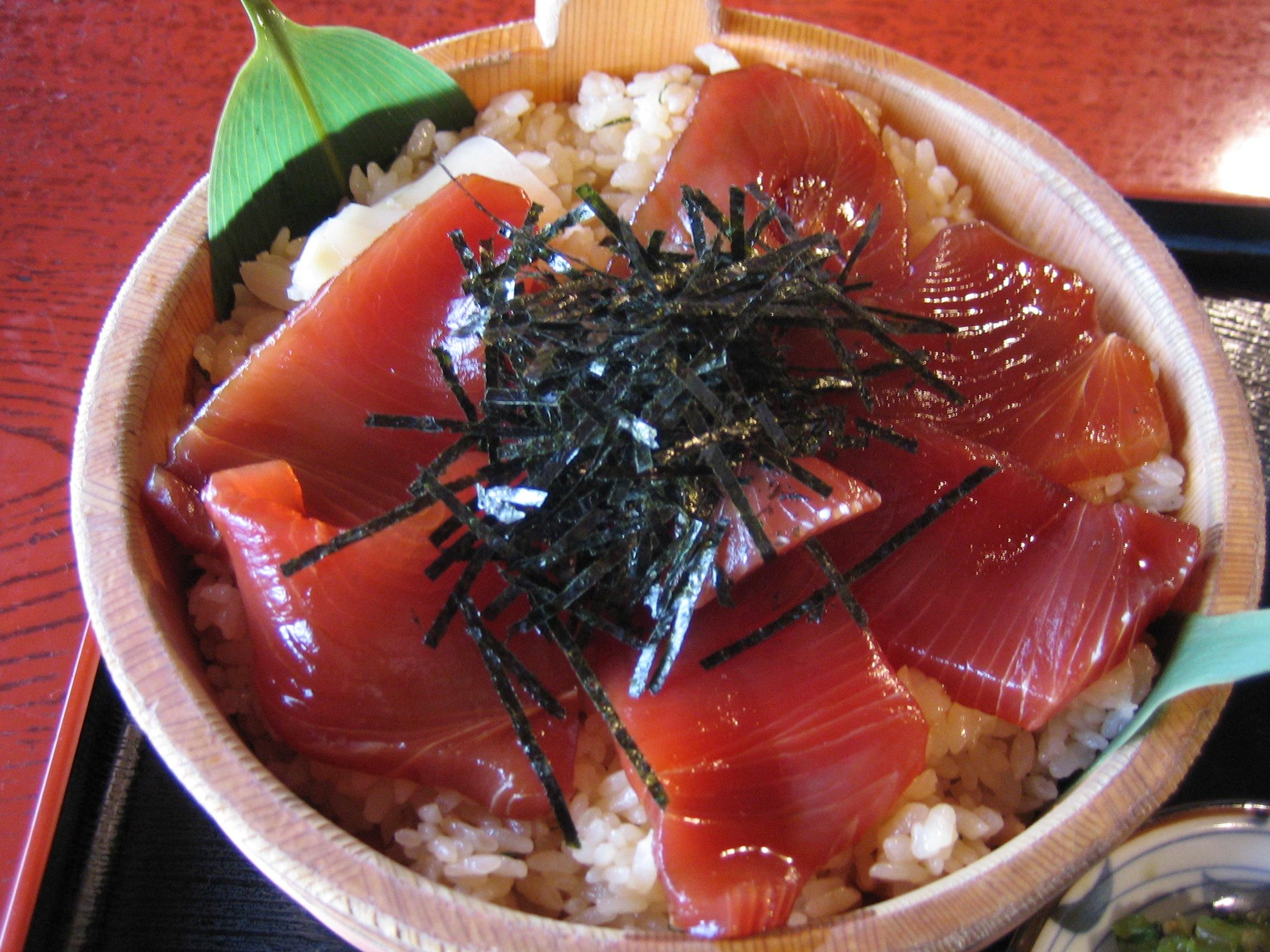 手 こね 寿司