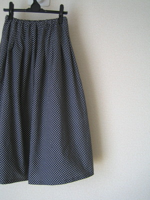水玉スカート。