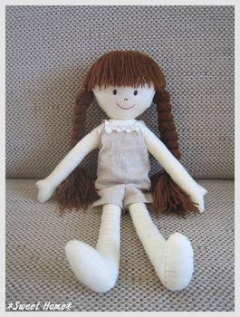 着せ替え人形。